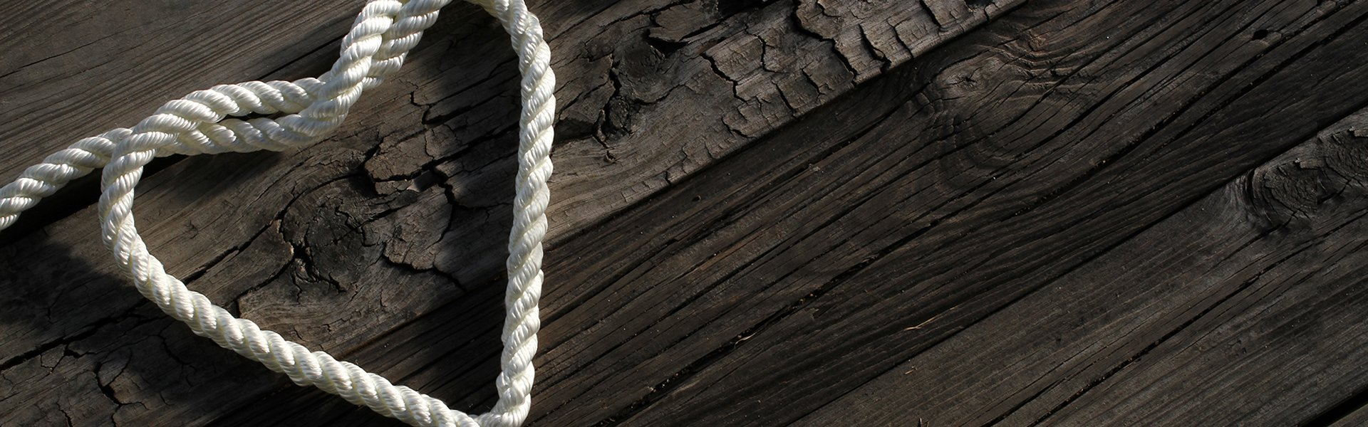 Rope shaped like a heart